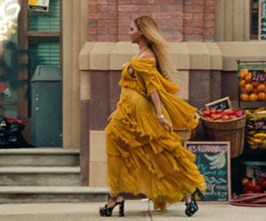 hold up, lemonade, and queen bey image