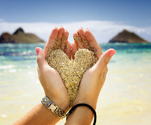 heart and sand image
