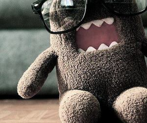 domo and glasses image