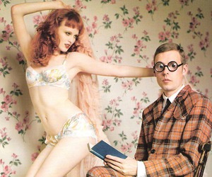 Karen Elson and nerd image