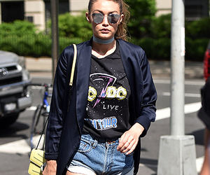 gigi hadid, look, and model image