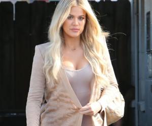 kloe kardashian image