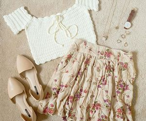 fashion, outfit, and crochet top image