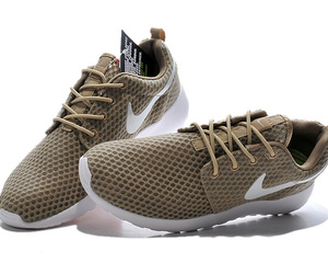 nike roshe run br and sneakerno.com image
