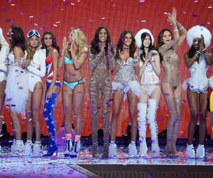 fashion show, victoria's secret‎, and models image