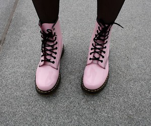 docs, dr martens, and shoes image