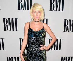 Taylor Swift, style, and bmi image