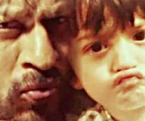 father and son, shahrukh khan, and abram khan image