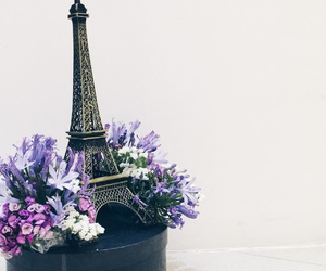 centerpiece, eiffel tower, and event image