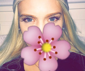 baby, blueeyes, and flower image