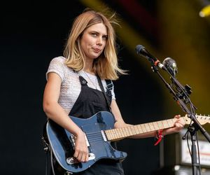 live, wolf alice, and ellie rowsell image