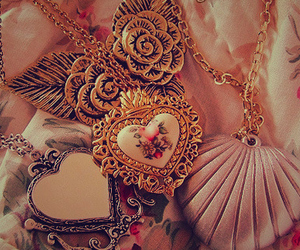 necklace, heart, and vintage image