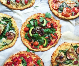 pizza, yum, and yummy image