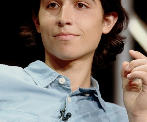 lorenzo james henrie, fear the walking dead, and ftwd image