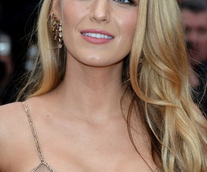 blake lively, blonde hair, and gossip girl image