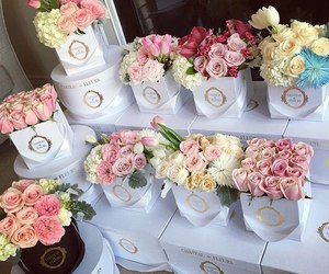 chic, pastel, and maison des fleurs image