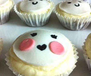 cupcake, face, and kitshy image