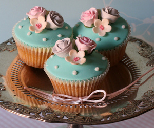 wedding cupcakes, wedding cakes, and le cupcake image