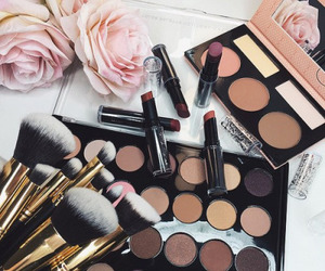 makeup, beauty, and lipstick image