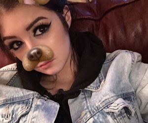 chrissy costanza, girl, and icon image