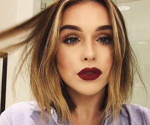 acacia brinley, makeup, and hair image