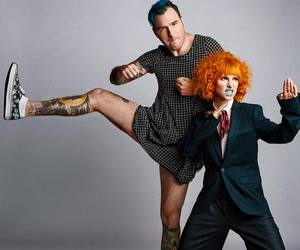 amor, hayley williams, and nfg image