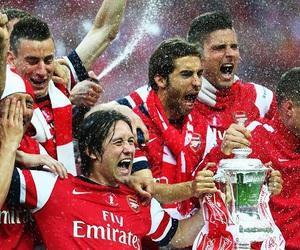 Arsenal, flamini, and rosicky image