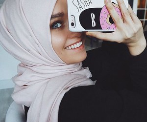 hijab, islam, and beauty image
