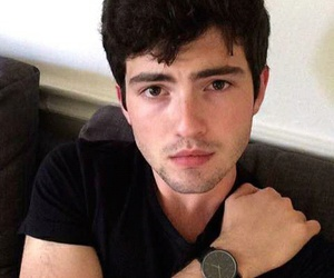 ian nelson and young derek image