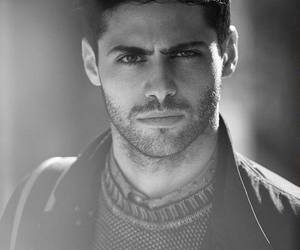 matthew daddario, shadowhunters, and black and white image