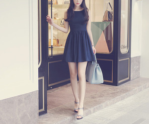 girl, heels, and kfashion image