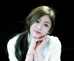 lovelyž, seo jisoo, and lovelyz jisoo image