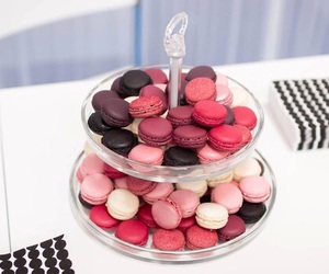 ‎macarons, food, and pink image