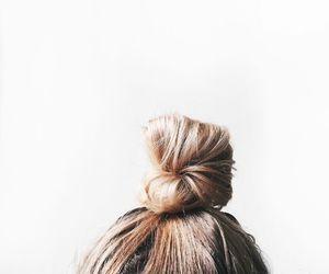 blonde and bun image