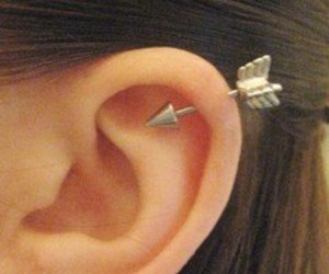 chic, kpop, and aretes image