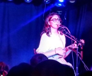 dodie clark, doddleoddle, and dodie lq image