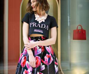floral skirt, sex and the city, and street style image