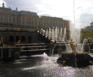 brunnen, park, and st. petersburg image
