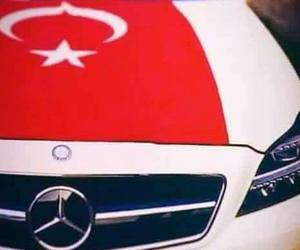 cars, mercedes, and drapeau image