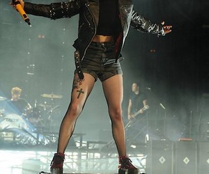 hayley williams, paramore, and vocalist image