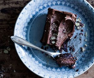 brownie, rustic, and cake image