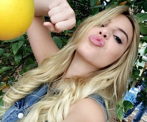 vines, snapchat, and lele pons image