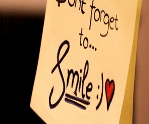 frase, nota, and smile image