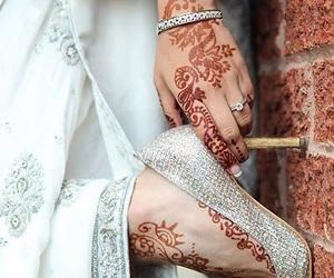 henna, bride, and heels image