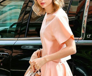 Taylor Swift, beautiful, and hair image