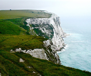 chalk, cliffs, and icon image