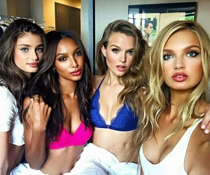 model, josephine skriver, and taylor hill image