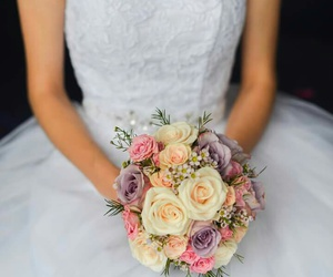 beautiful, bouquet, and bride image