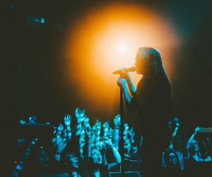 pvris and lynn gunn image