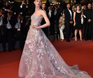 cannes and Elle Fanning image